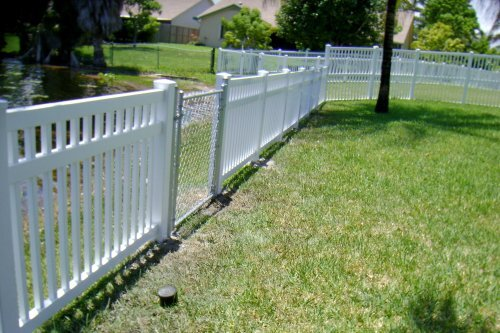 pvc fencing in the garden